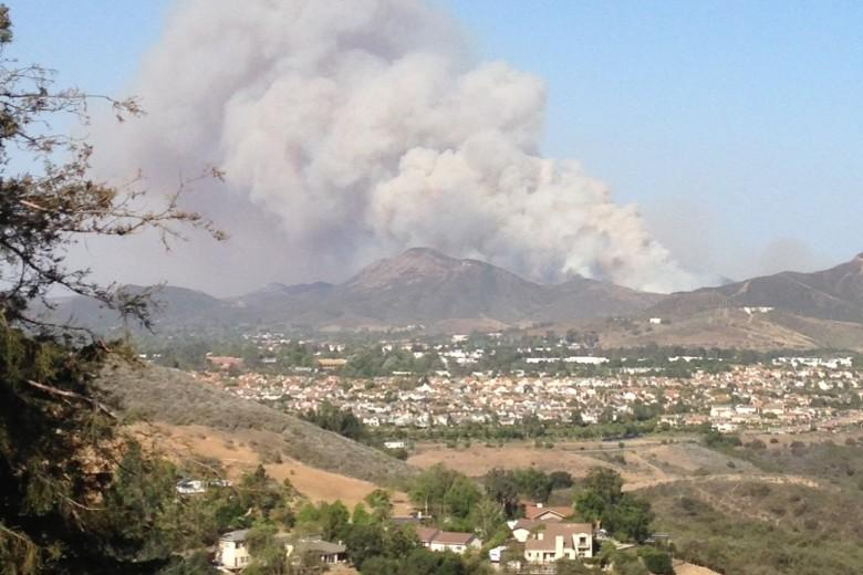 Camarillo Springs fire continues growing